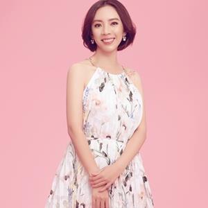 yan.vn - tin sao, ngôi sao - Thu Trang nữ tính đến bất ngờ đánh bật hoàn toàn hình tượng 'Chị Mười Ba'