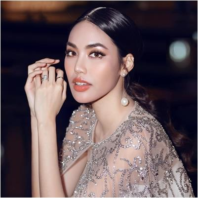 yan.vn - tin sao, ngôi sao - Lan Khuê vẫn xinh đẹp, lộng lẫy như bà hoàng dù đang mang bầu con đầu lòng tháng thứ 5