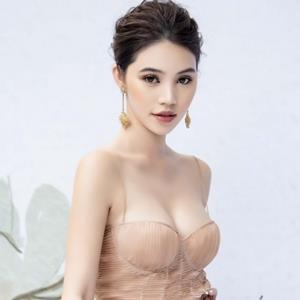 yan.vn - tin sao, ngôi sao - 'Hoa hậu con nhà giàu' Jolie Nguyễn lấp ló vòng 1 đi làm vedette