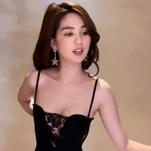 yan.vn - tin sao, ngôi sao - Ngọc Trinh và những lần thử bikini, biến MXH thành show nội y ấn tượng
