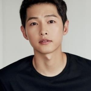 yan.vn - tin sao, ngôi sao - Song Joong Ki quyên góp  2 tỷ đồng ủng hộ nạn nhân COVID-19