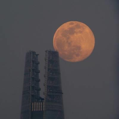 yan.vn - tin sao, ngôi sao - 'Siêu trăng' lớn nhất năm 2020 xuất hiện khắp nơi trên thế giới
