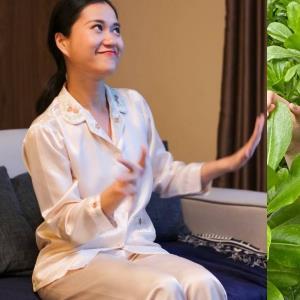 yan.vn - tin sao, ngôi sao - Sao Việt mặc gì hôm nay (13/8): Kỳ Duyên mặc đồ bộ đeo đồng hồ tiền tỷ